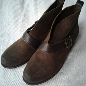 UGG Booties Ankle Boots Suede Belted Buckle Wright